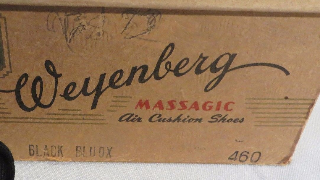Vintage Weyenberg shoes in size 460 or 6 D