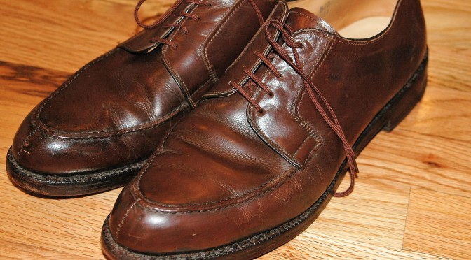 Stripping Leather Shoes